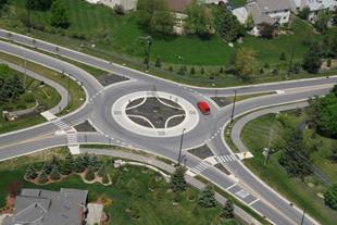 https://modernroads.net/blog/roundabouts/img/singleLane.jpg